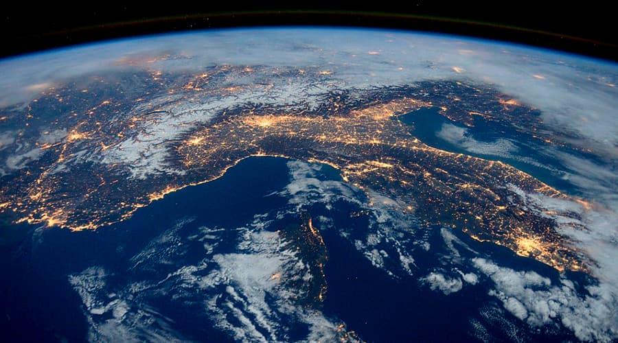 Спутниковый интернет от Илона Маска это реальность, орбита, планета, космос, интернет
