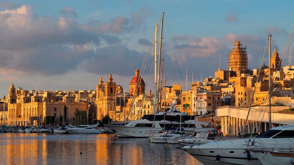 Биргу набережная яхты отдых, туризм, достопримечательности, еда, транспорт, сувениры