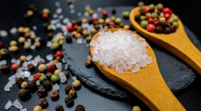 Поваренная соль: польза и вред