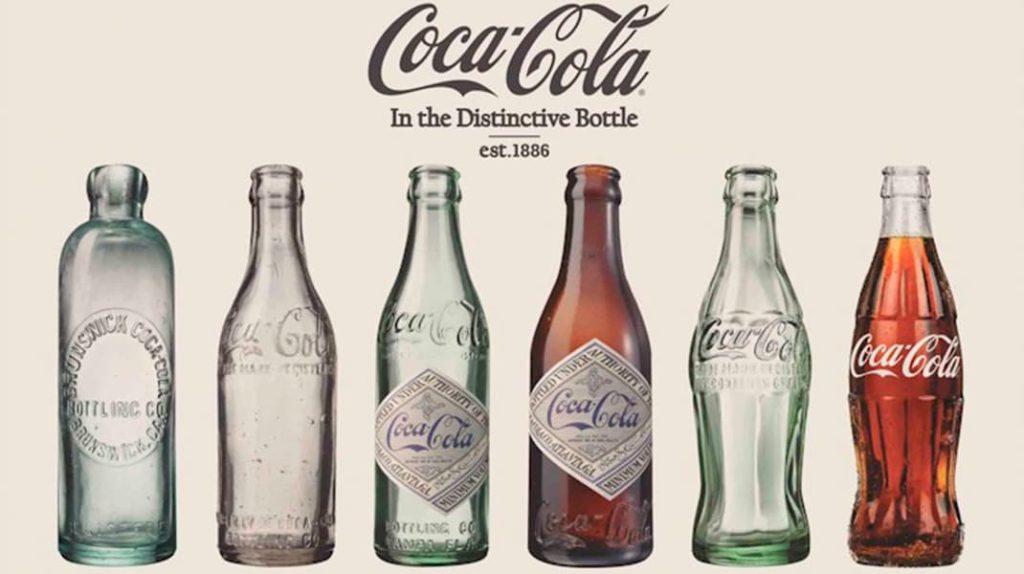 Бутылки Кока-Колы с самого начала