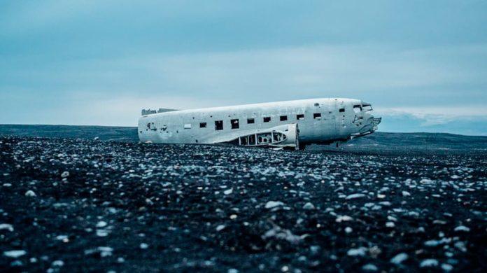 Смерть в самолете. Что происходит, когда кто-то умирает в воздухе?