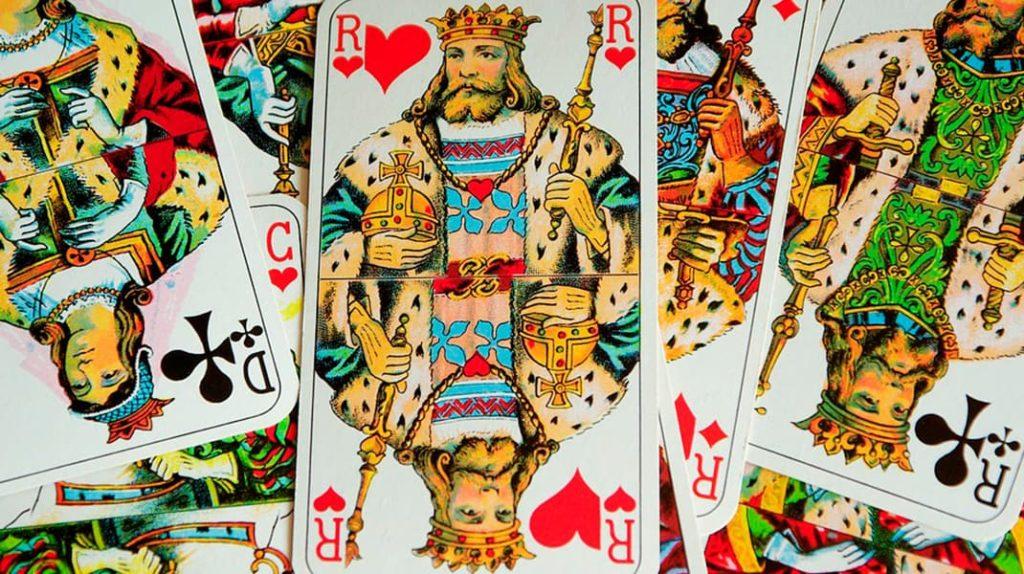 Игральные карты, казино, азарт