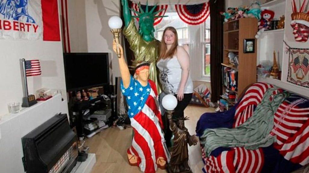 Аманда Уиттакер любовь со статуей Свободы
