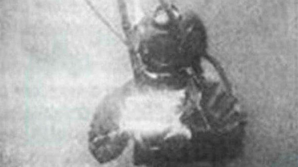 Первое в мире фото под водой, Уильям Томпсон