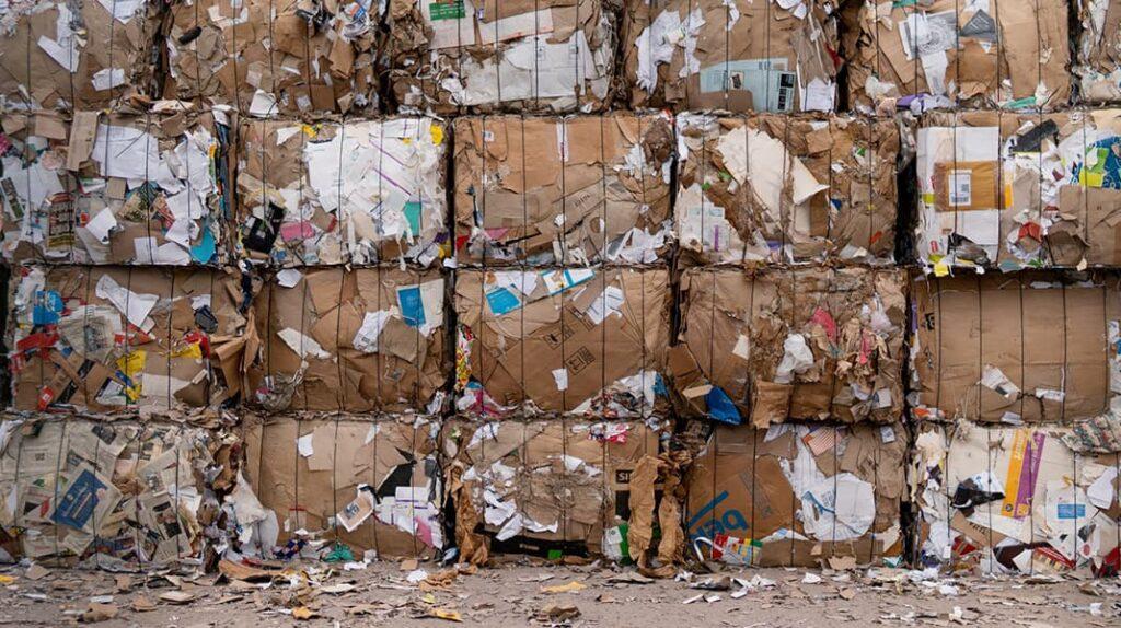 Мусор, экология, осознанное потребление, свалка, сортировка мусора, лайфхаб, жизнь, загрязнение планеты