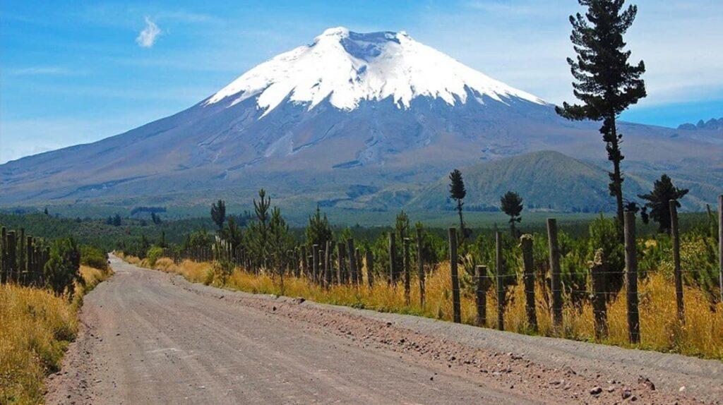 Дорога к вулкану Катопакси, Catopaxi Volcan Road, Эквадор, опасные дороги, экстремальные дороги, путешествия, лайфхаб, lifehub, travel, road