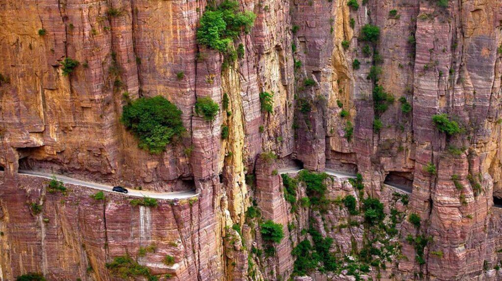 Горный тоннель Гуолян, Китай, дорога Гуолян, путешествия, опасные дороги, лайфхаб, lifehub, travel, road
