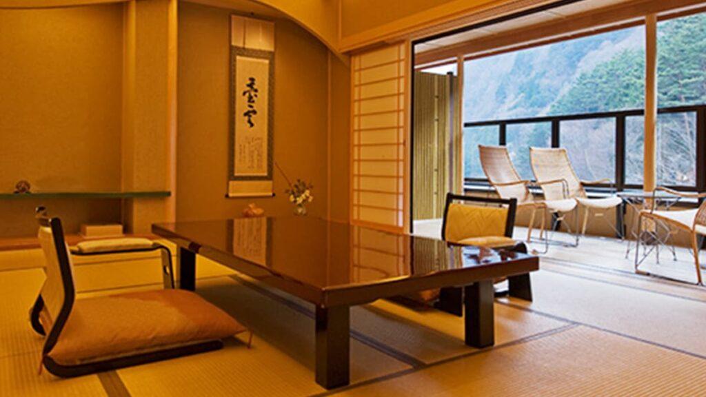 Самый старый действующий отель в мире Nishiyama Onsen Keiunkan, Япония, отели Японии, лайфхаб, lifehub, отельный бизнес, туризм, путешествия
