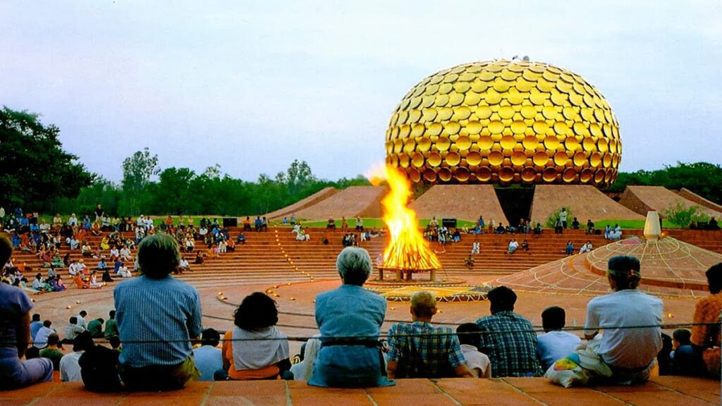 Ауровиль, Индия, утопический город, секта, братство, сектанты, куда поехать, утопия, странные города, ЮНЕСКО, lifehub, лайфхаб