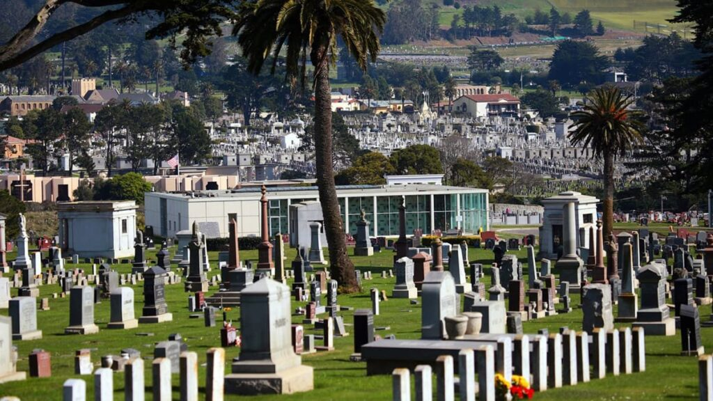Колма, город мертвых, США, Сан-Франциско, лайфхаб, куда поехать, travel, lifehub, путешествия, некрополь, странные города